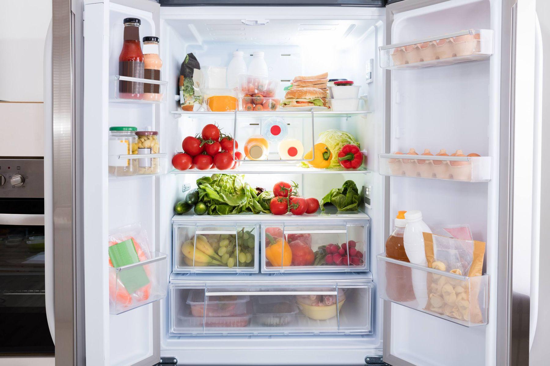 vệ sinh nhà sạch - tủ lạnh cũng rất nhiều vi khuẩn