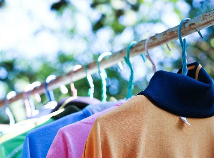 Quần áo phơi khô