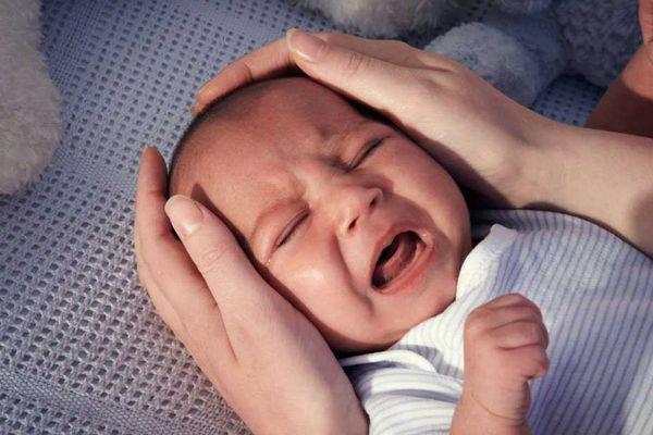 Dấu hiệu nhận biết trẻ bị tiêu chảy cấp
