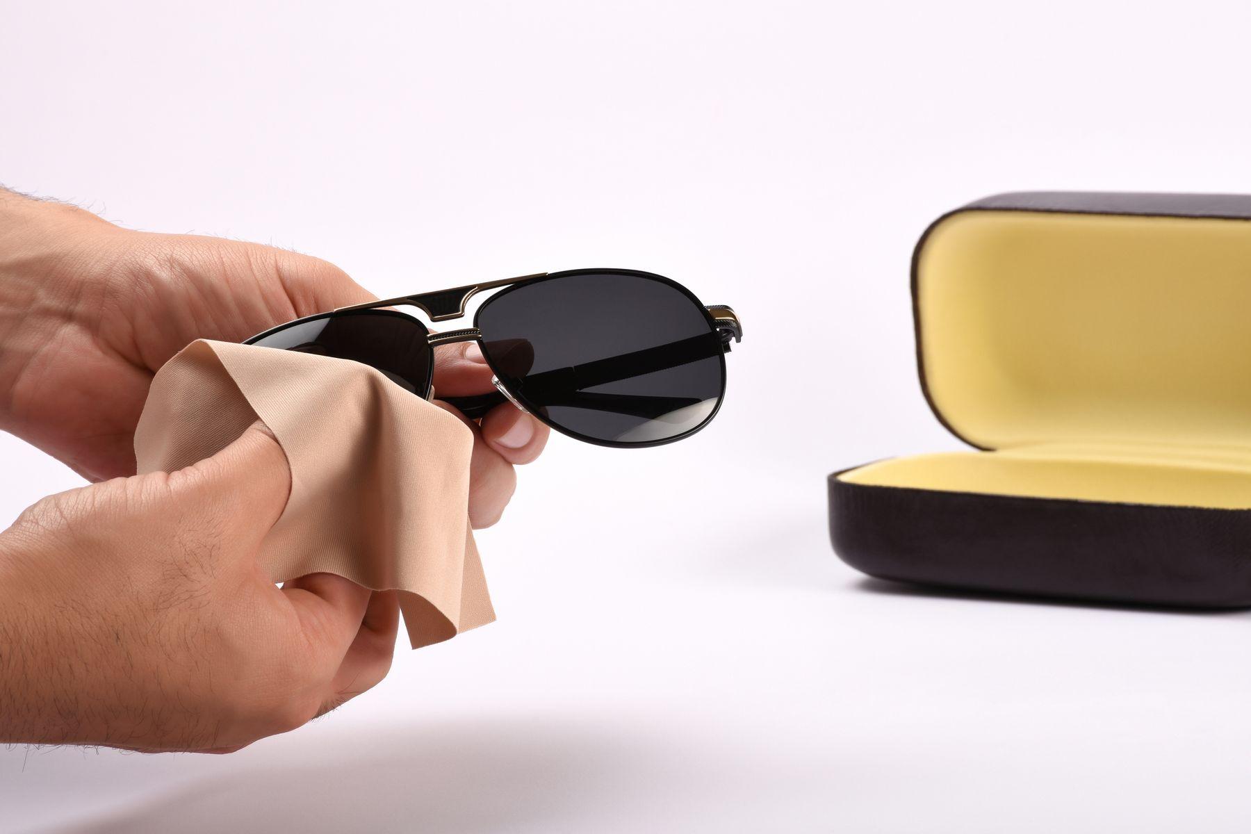 güneş gözlüğü nasıl temizlenir