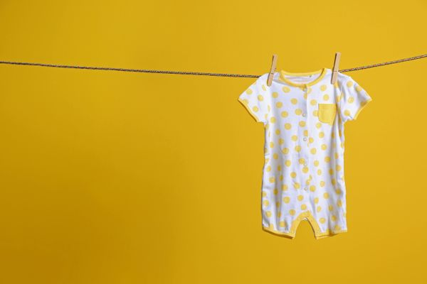check-out-this-simple-diy-detergent-recipe-for-baby-clothes
