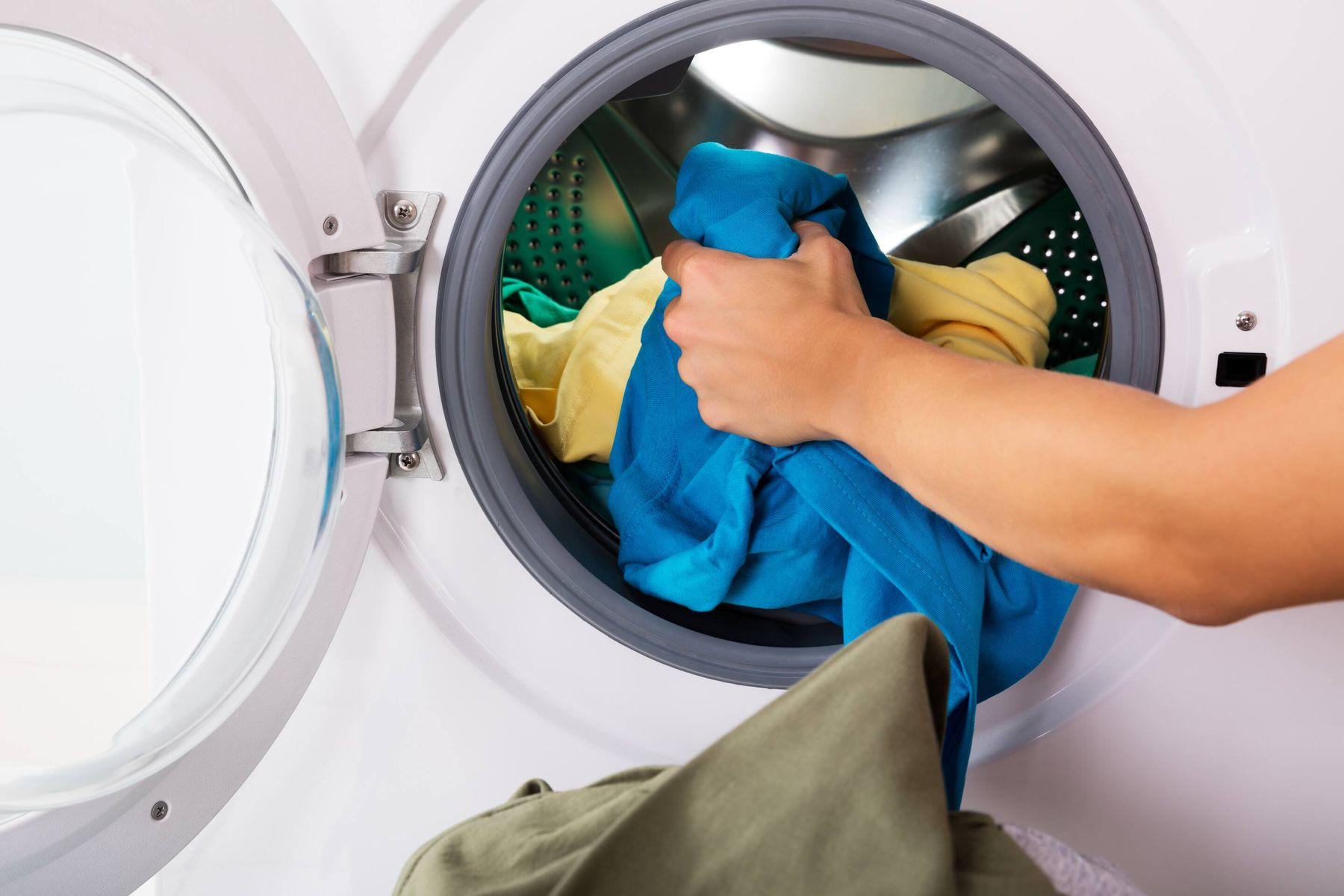 अपने वॉशिंग मशीन के ड्रायर में कौनसे कपडे न सुखाएं   गेट सेट क्लीन