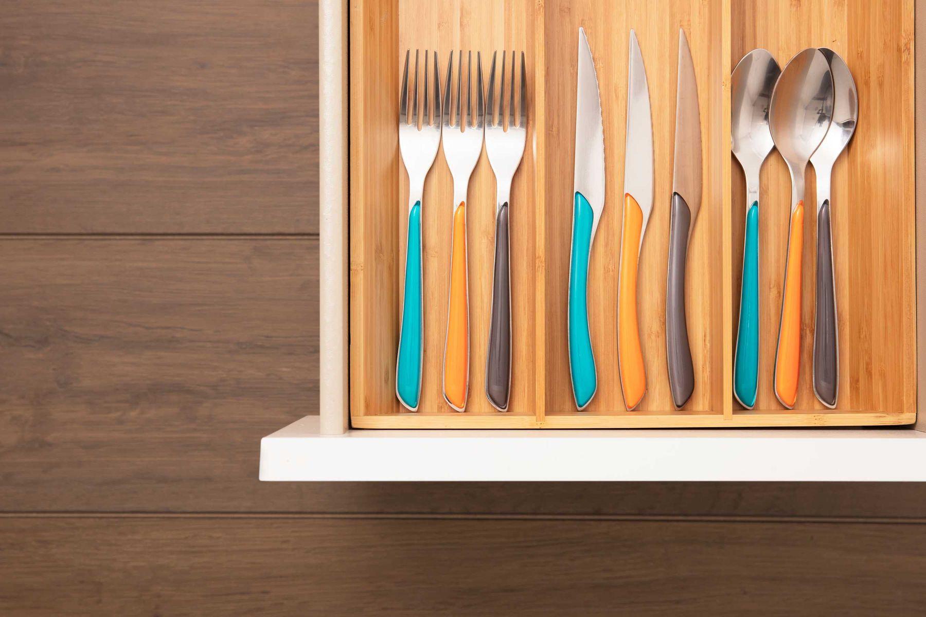 como-organizar-armario-de-cozinha