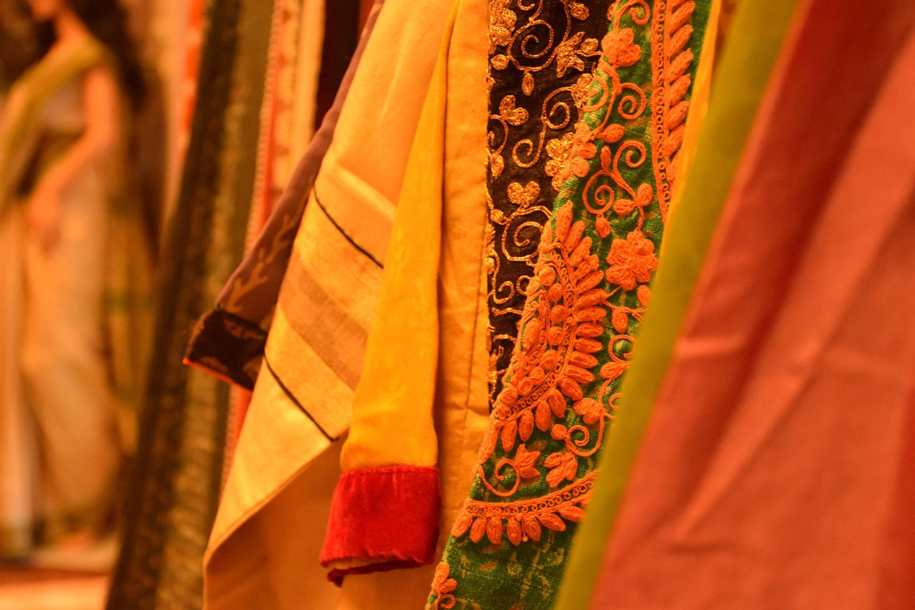 How to maintain fabrics of sarees for a long time