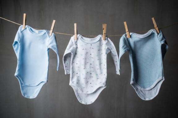 kích cỡ quần áo trẻ sơ sinh