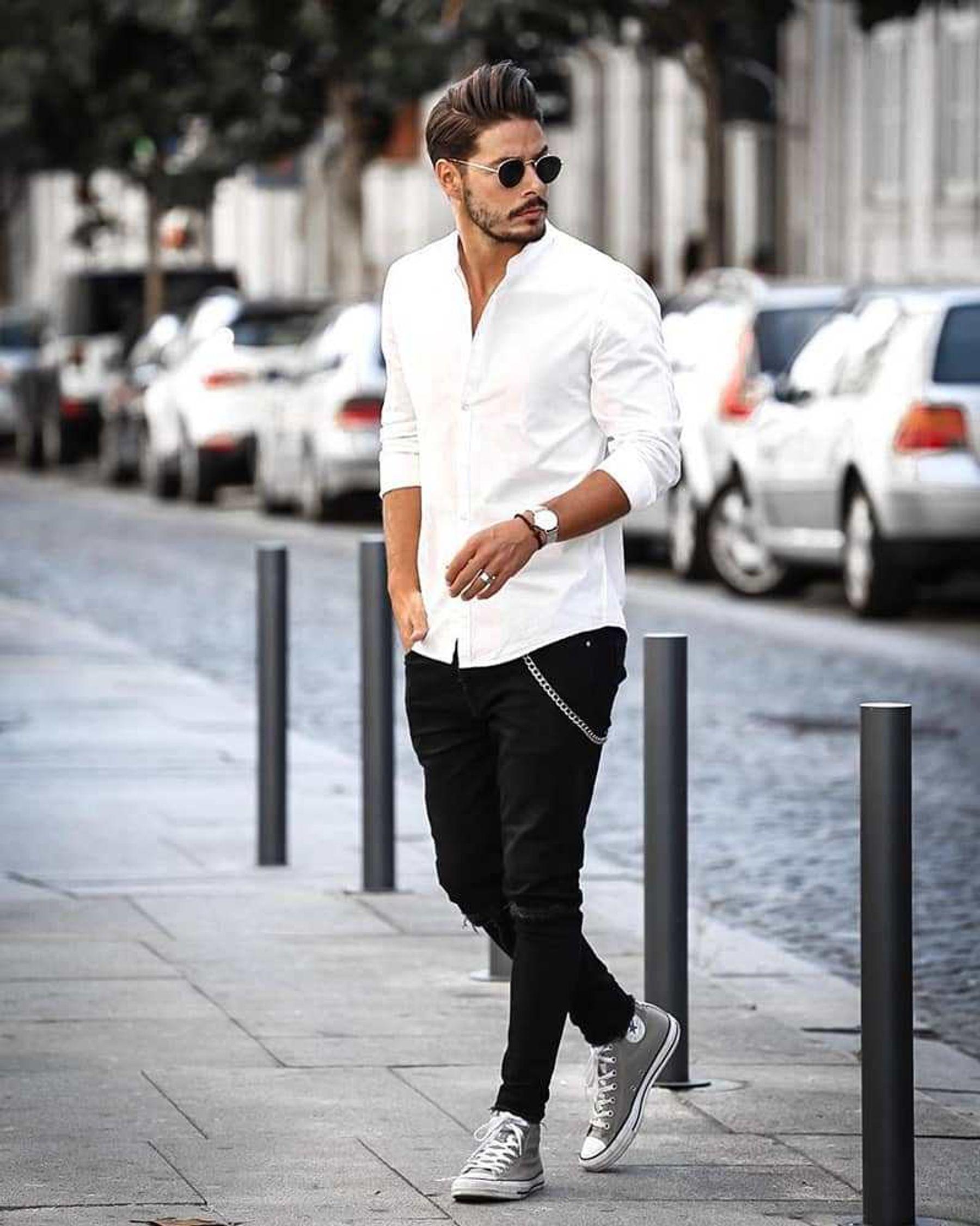 Phối đồ với giày converse cổ cao với áo khoác jean