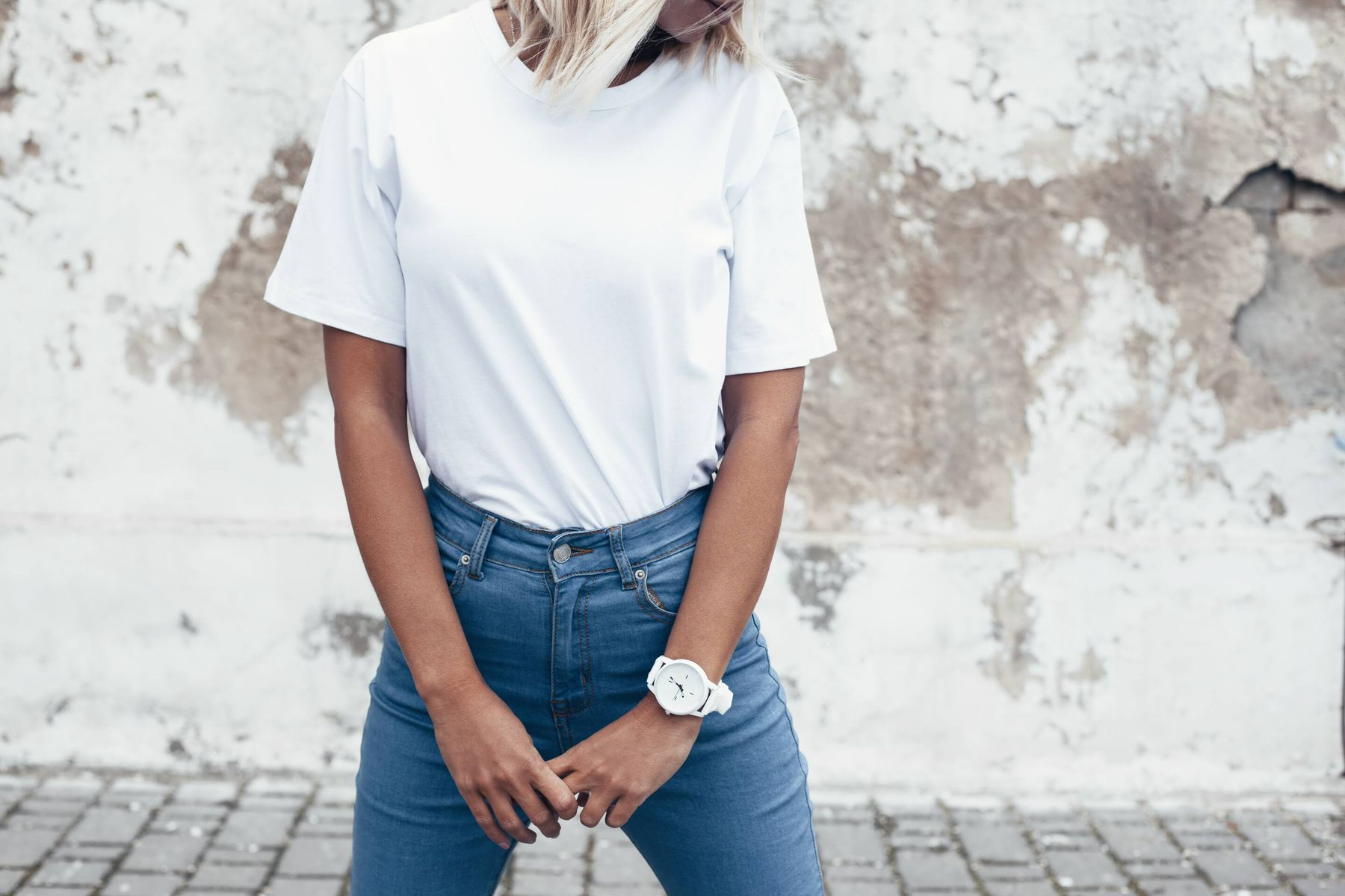 Easy Tricks to Keep Your White Clothes White | Cleanipedia