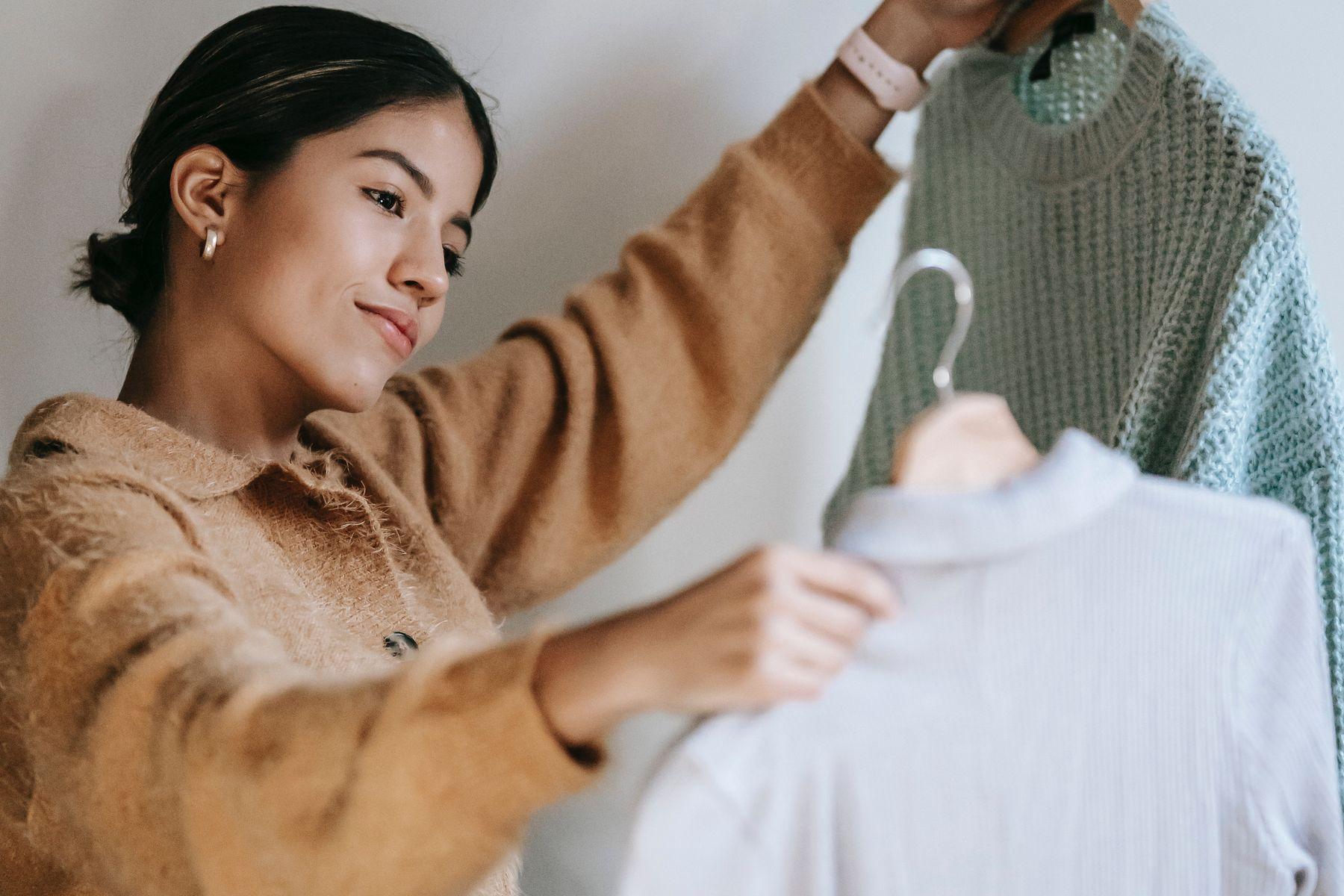 Mẹo phối đồ ngầu cho nữ | Cleanipedia