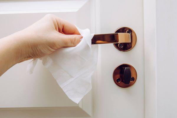 Ngăn ngừa ngay làn sóng dịch Covid thứ 2 từ trong ngôi nhà bạn với 5 hành động này