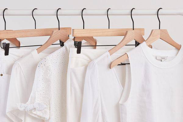 Cách làm trắng quần áo