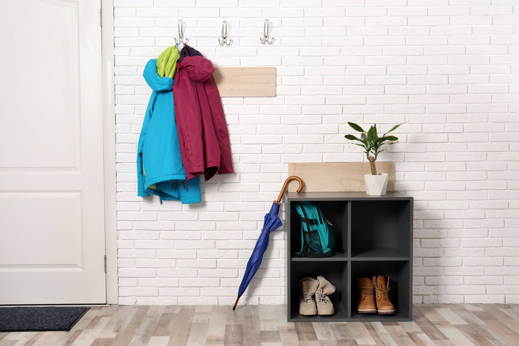 Narrow hallway storage ideas to keep your hallway tidy and organised