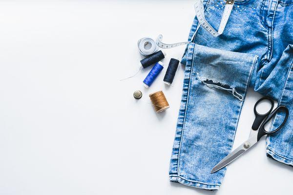 jeansCómo reciclar ropa de forma creativa, paso a paso