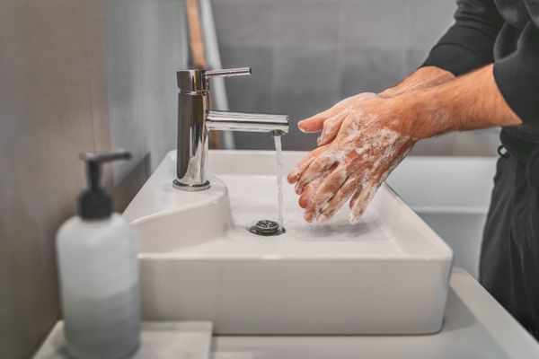 How to Wash Your Hands the Right Way