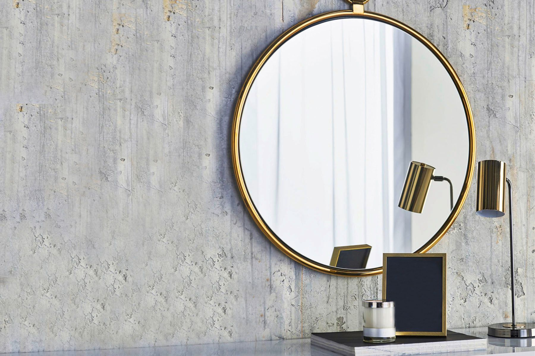 Cleanipedia Handy Andy Best Way To Clean Mirrors Hero