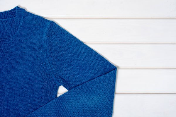 Blue jumper sleeve