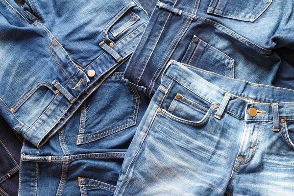Giặt quần jean co rút