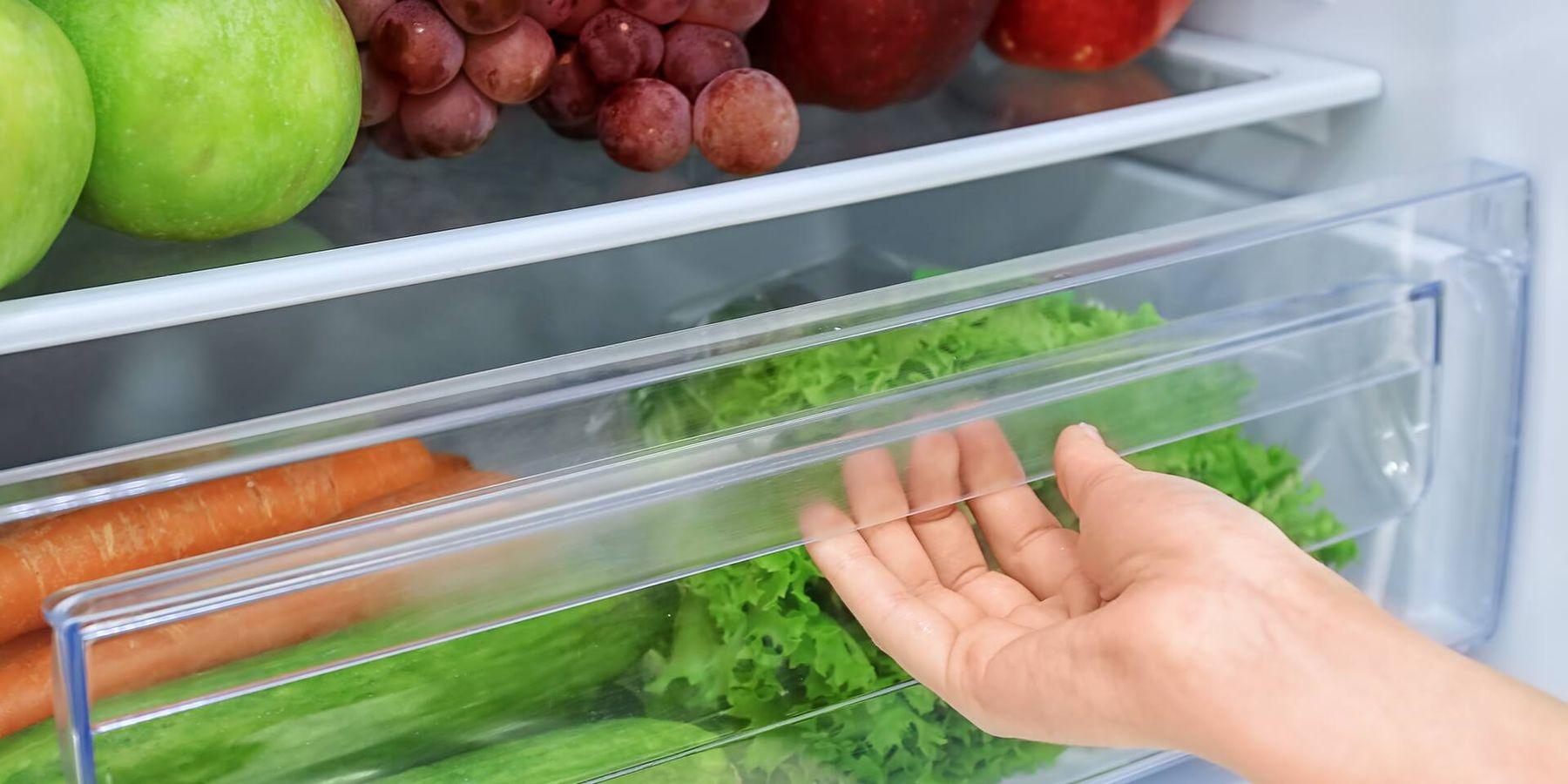 Bảo quản trái cây và rau củ riêng biệt nhau trong tủ lạnh