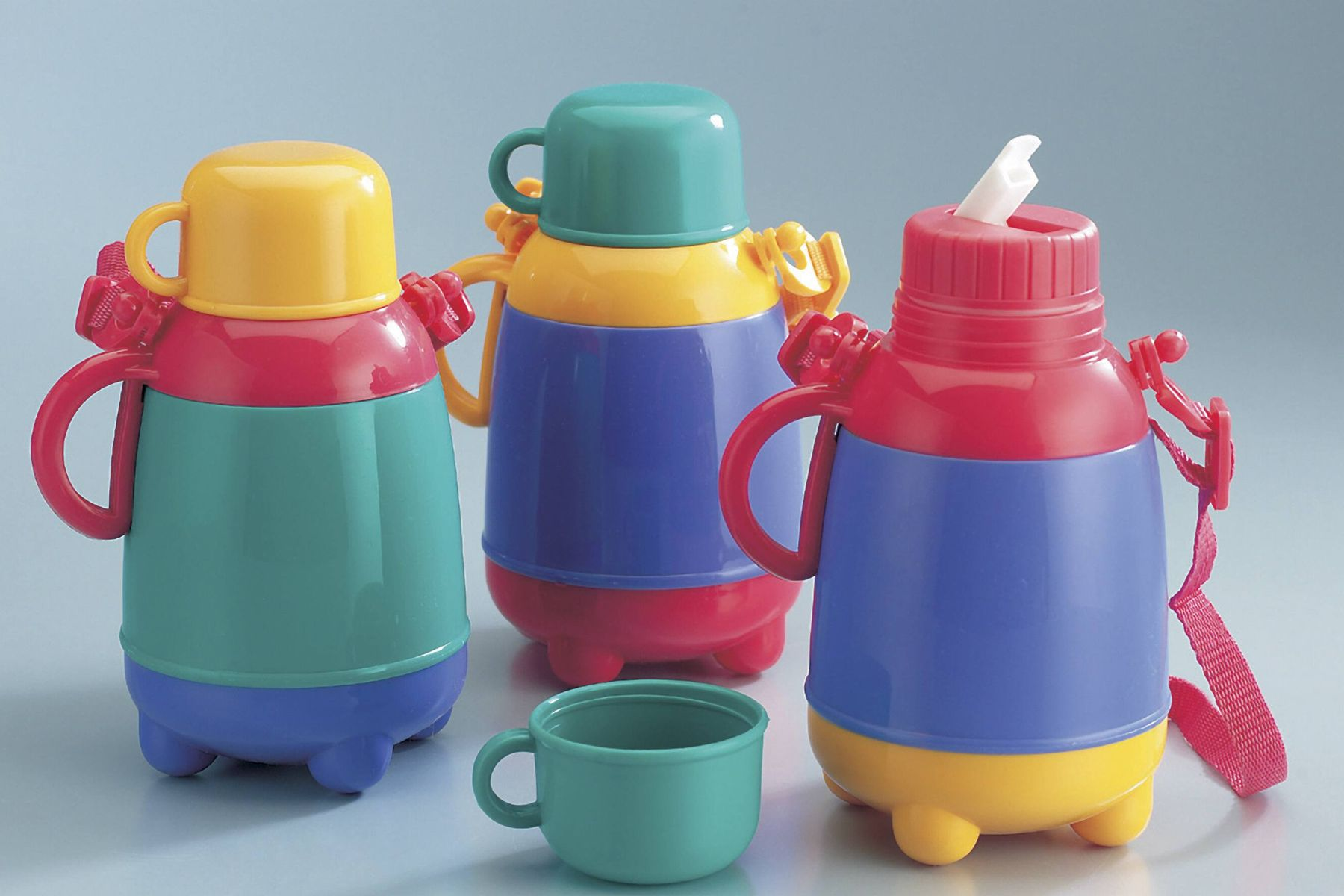 Here's How to Disinfect Your Kid's Water Bottle
