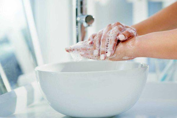 cách tự làm nước rửa tay khô