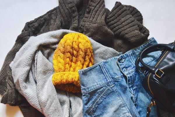 cómo sacar el chicle de la ropa