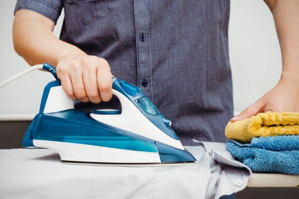 Bật mí bí quyết giúp quần áo nhanh khô không cần máy sấy