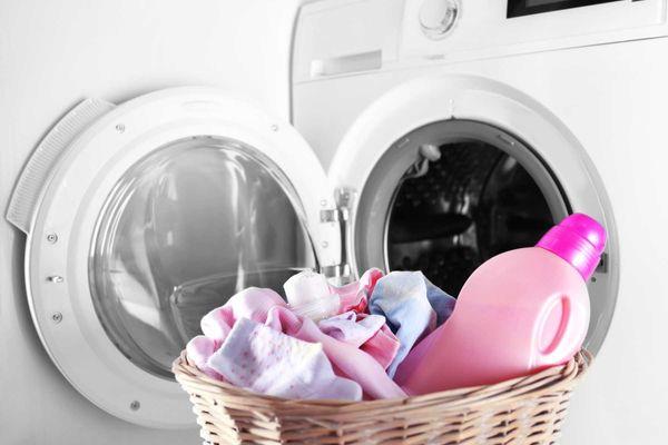 bột giặt cho trẻ sơ sinh