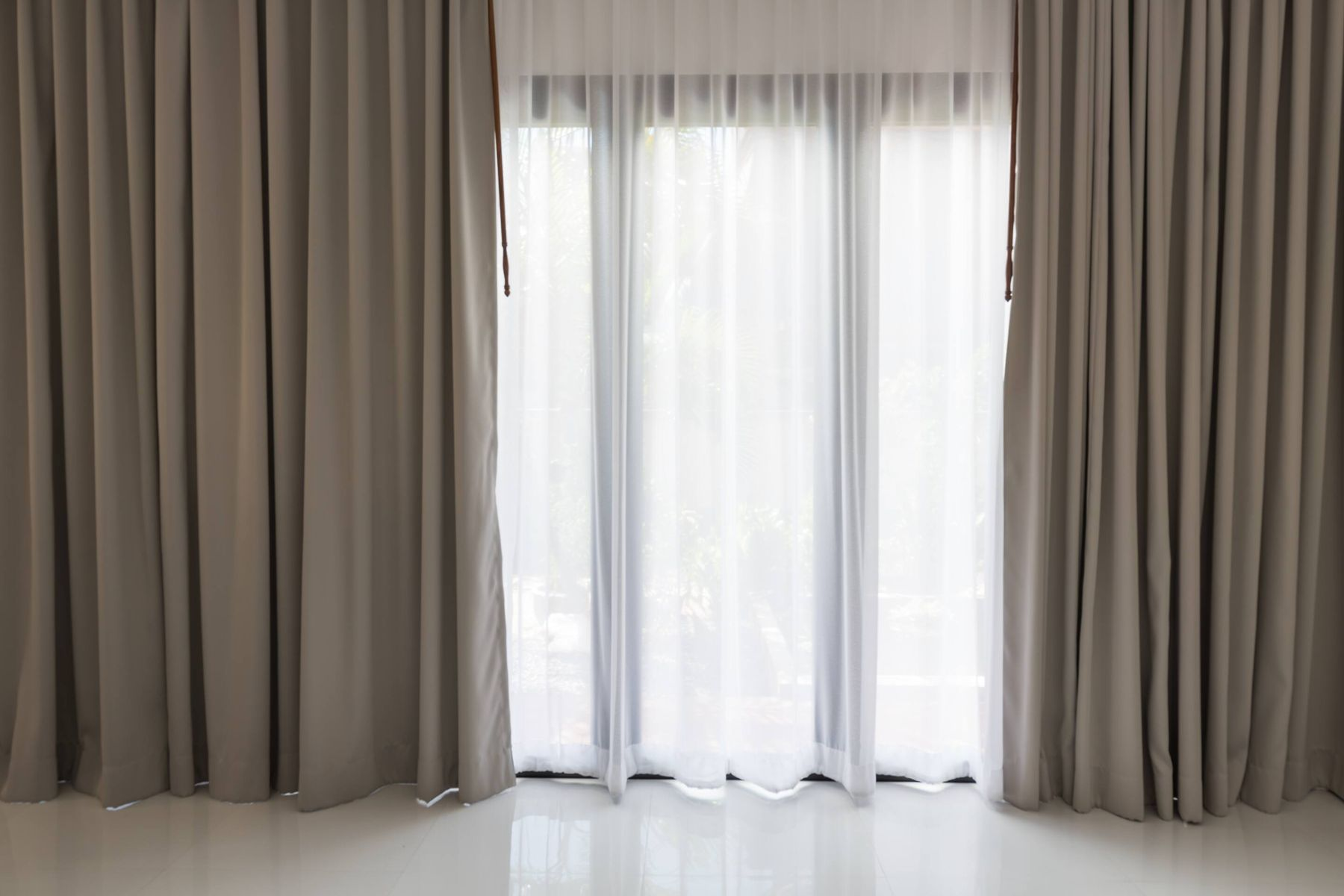 How to Effortlessly Clean your Curtains | Get Set Clean