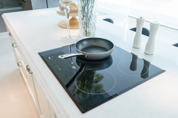 pan on glass hob