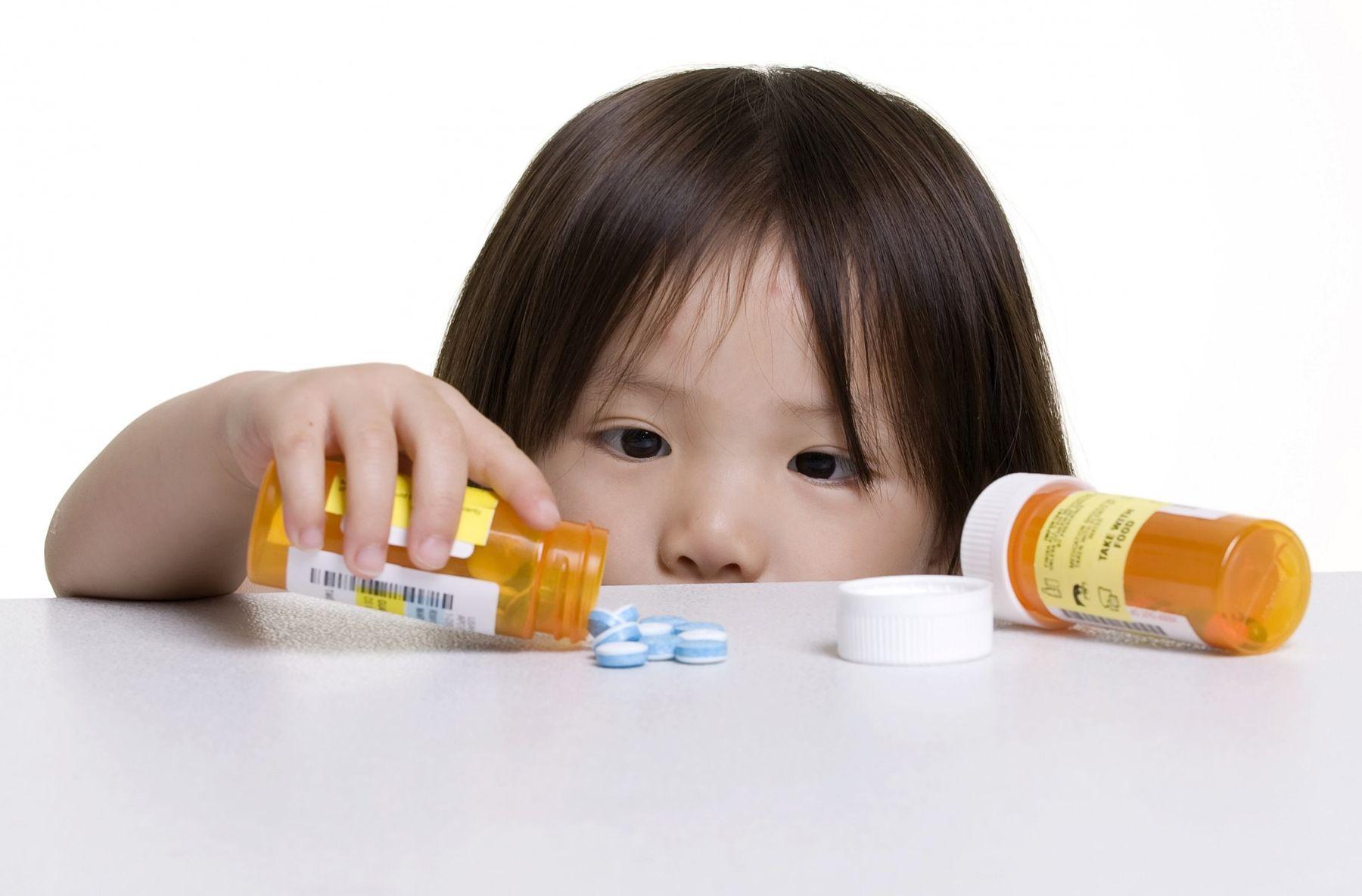 Những biến chứng nguy hiểm khi trẻ em bị viêm họng
