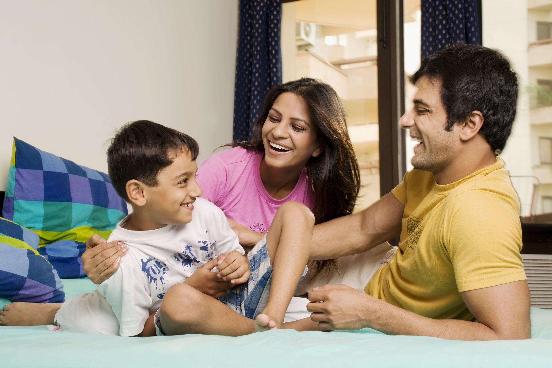 आख़िर क्यों ज़रूरी है आपके परिवार के लिए आर ओ और यू वी वॉटर प्यूरिफायर्स!
