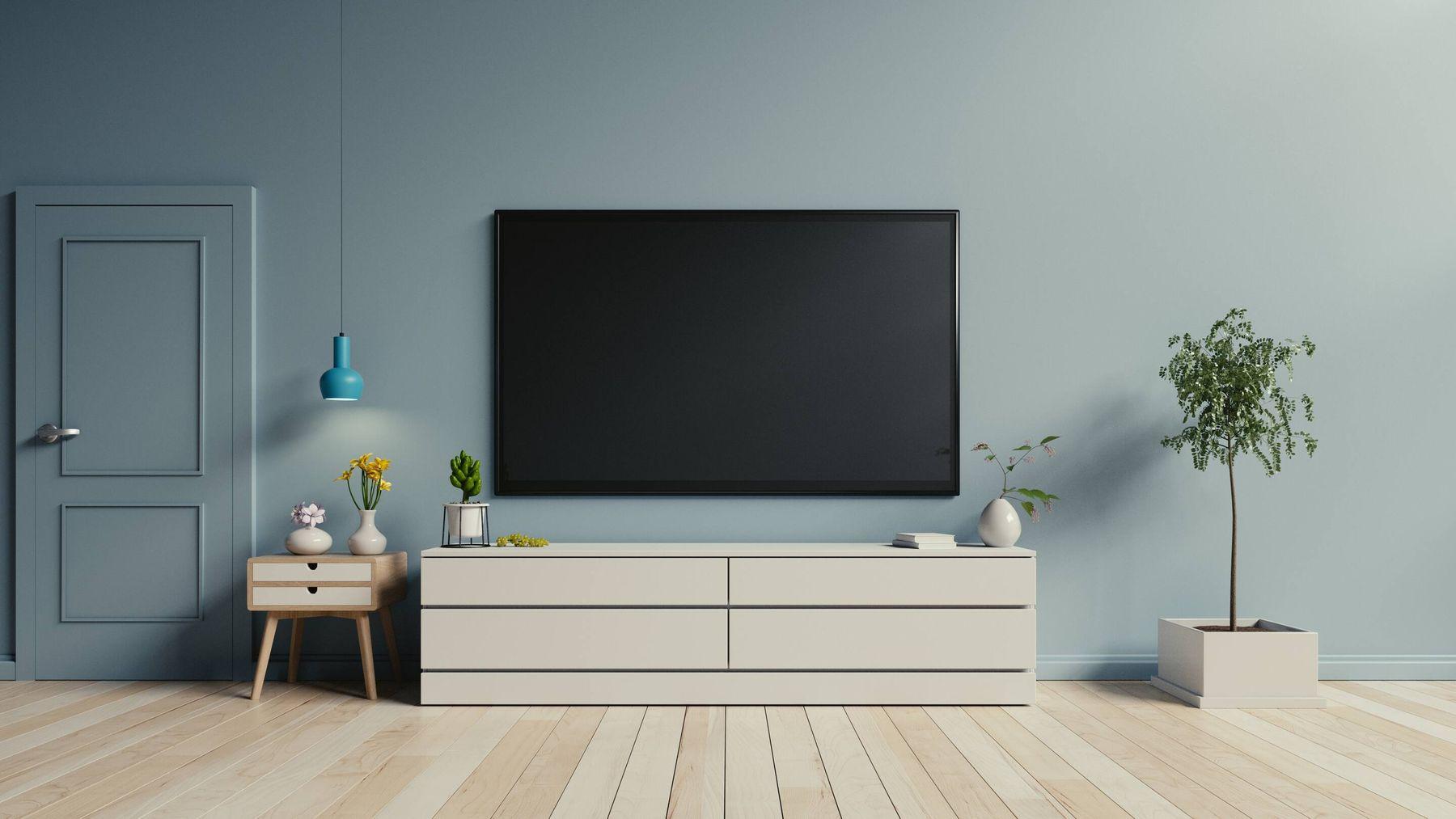 cách vệ sinh màn hình tivi - nhớ tắt nguồn điện