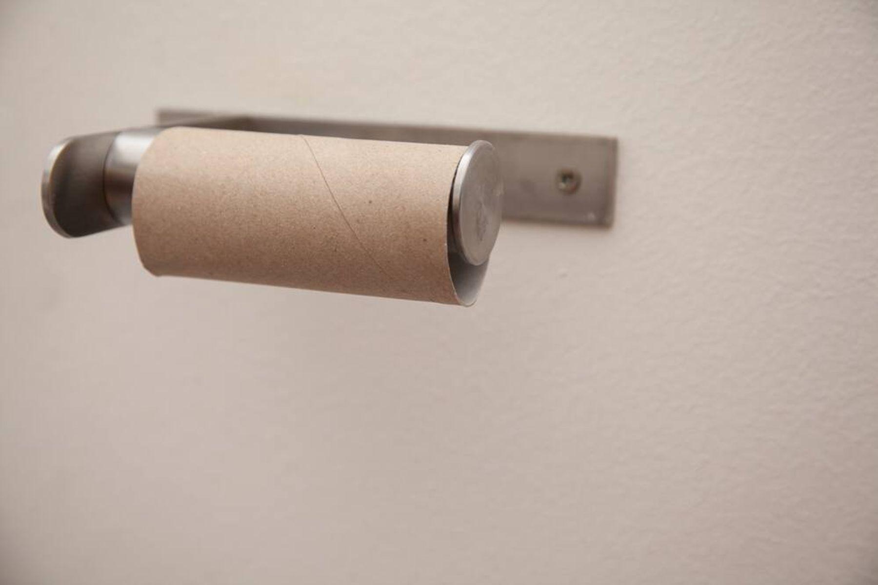 Suporte de papel higiênico sem papel