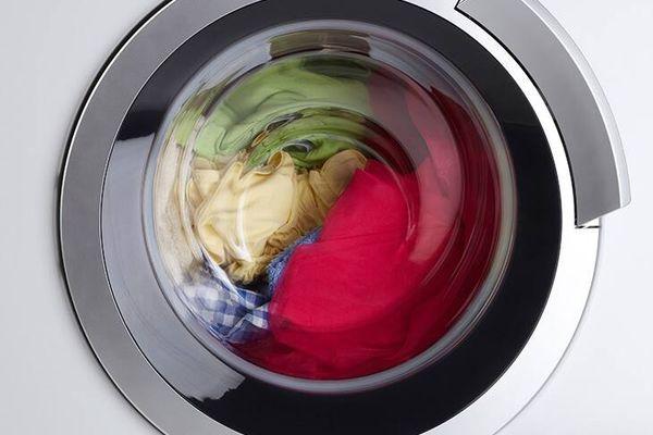 Chế độ vắt quần áo bằng máy giặt nên sử dụng thế nào để tiết kiệm nhất?