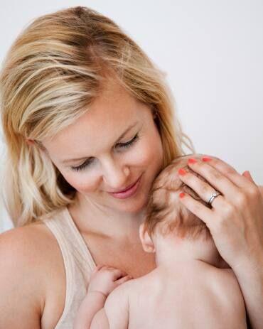 Một số lưu ý khác khi tắm nắng cho trẻ sơ sinh
