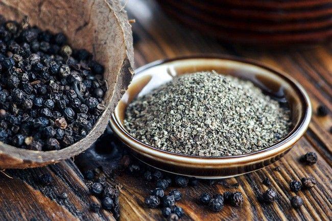 Cách diệt kiến đen bằng hạt tiêu