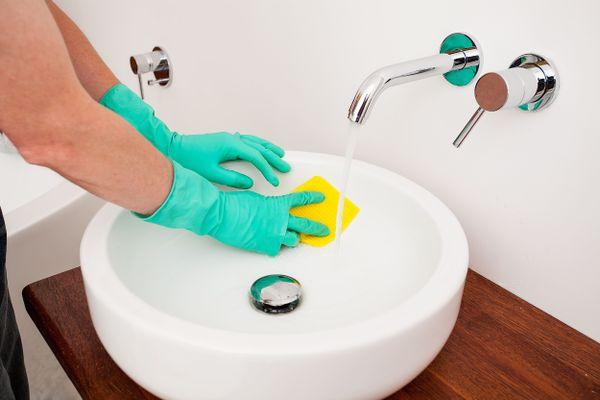 5 Cách tẩy cặn canxi đơn giản tại nhà