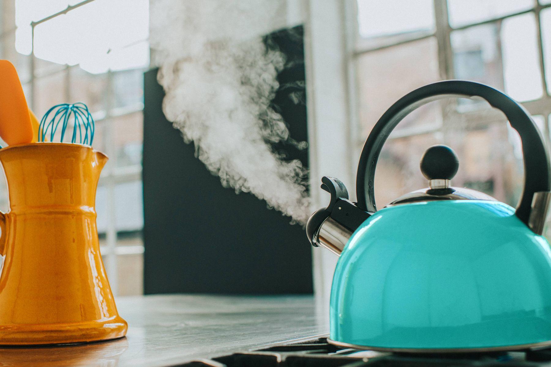 czajnik na kuchence