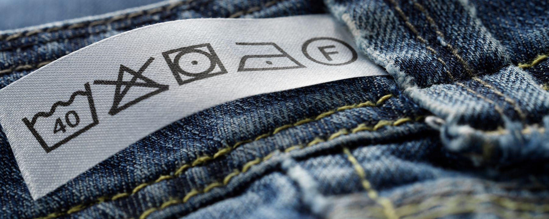 các ký hiệu nhãn mác trên quần jean