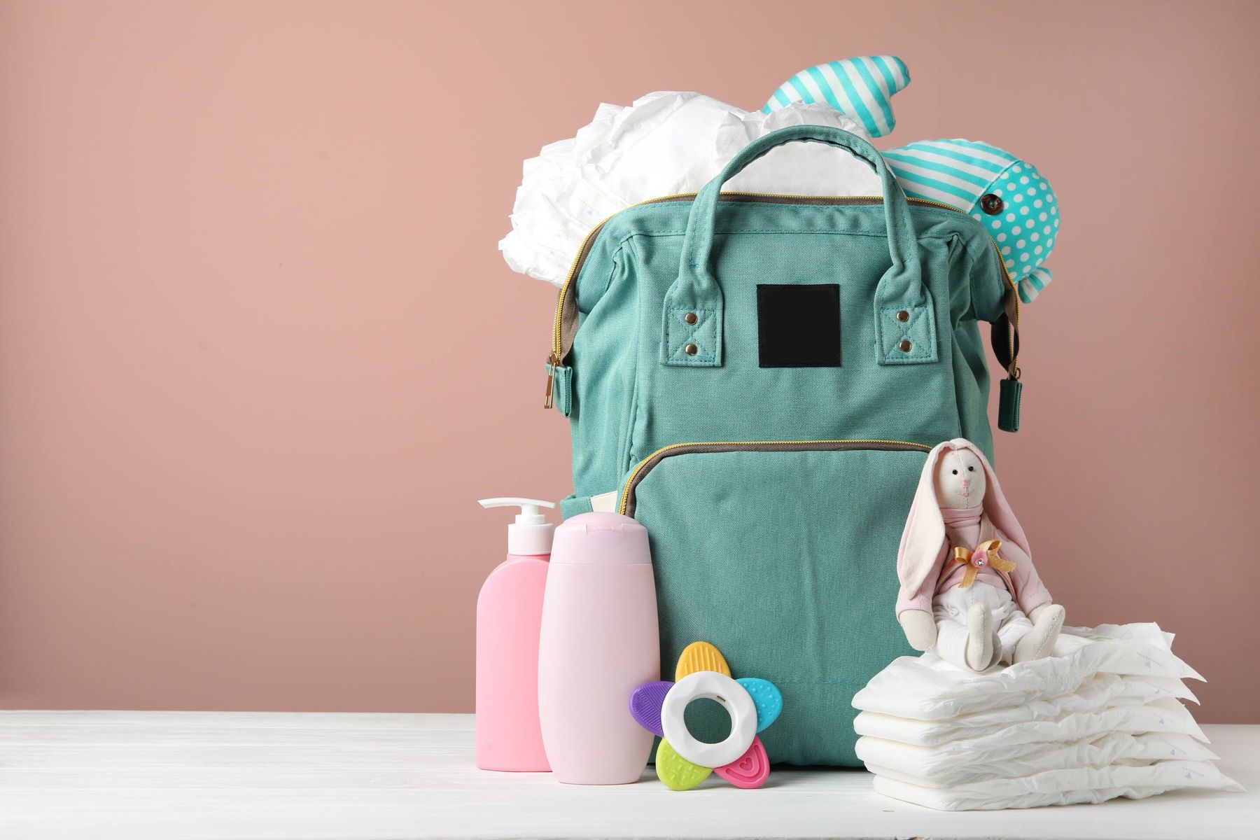 Baby's diaper bag too smelly? Here's how you can clean it