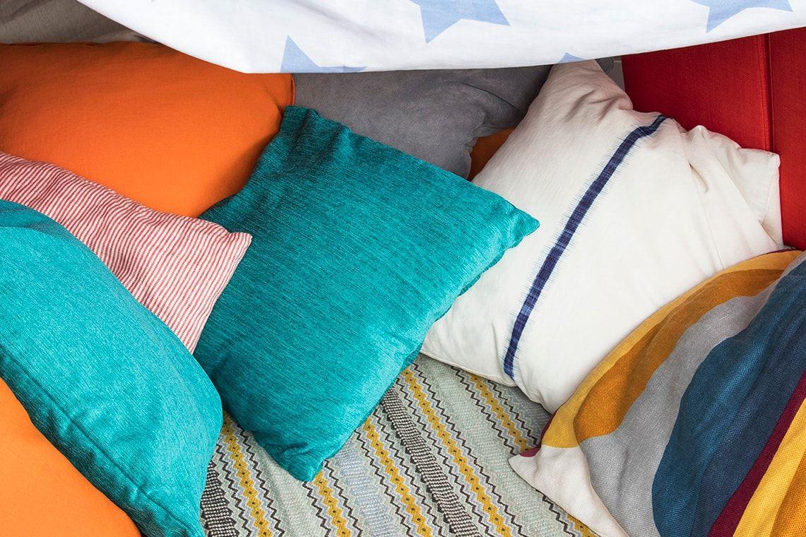 Yastıklar Nasıl Temizlenir?