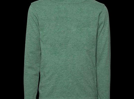5 Bước gấp áo thun cuộn tròn bằng nắm tay để tiết kiệm không gian vali