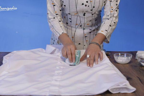 Những sai lầm cần tránh khi tẩy vết ố vàng trên quần áo