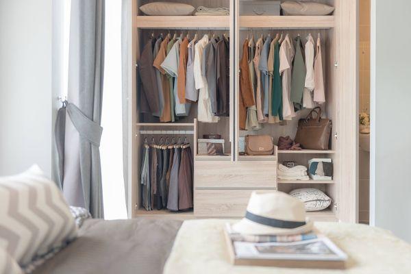Những điều bạn cần biết khi thiết kế hệ thống tủ quần áo