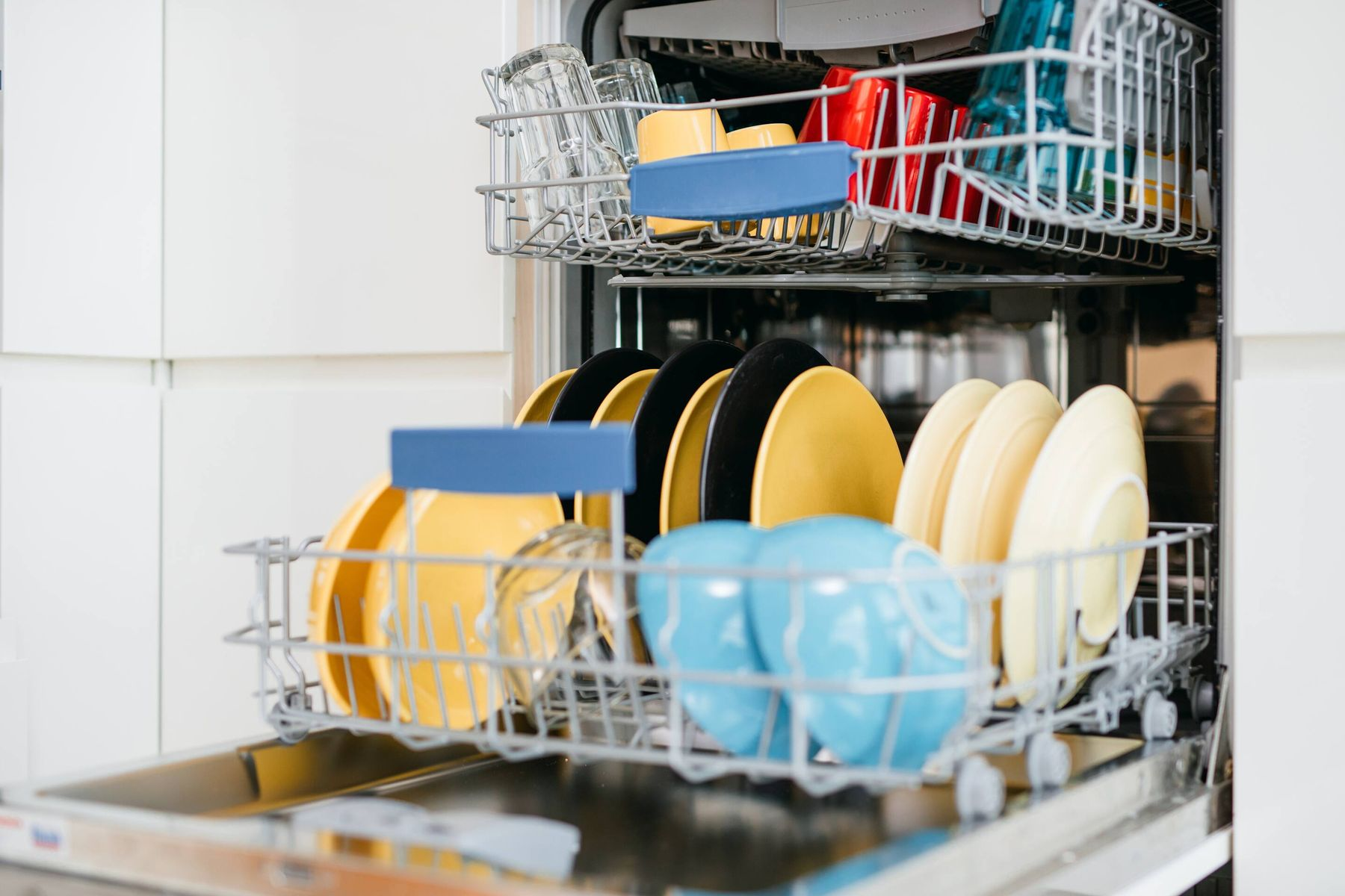 dishes in a dishwasher