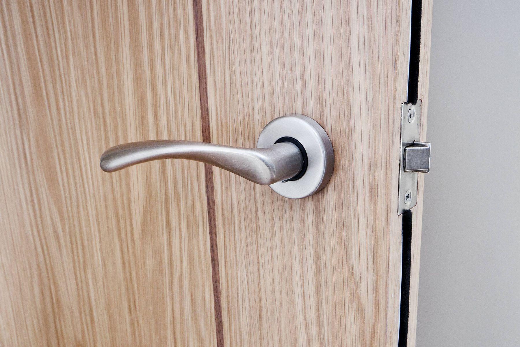door handle on door