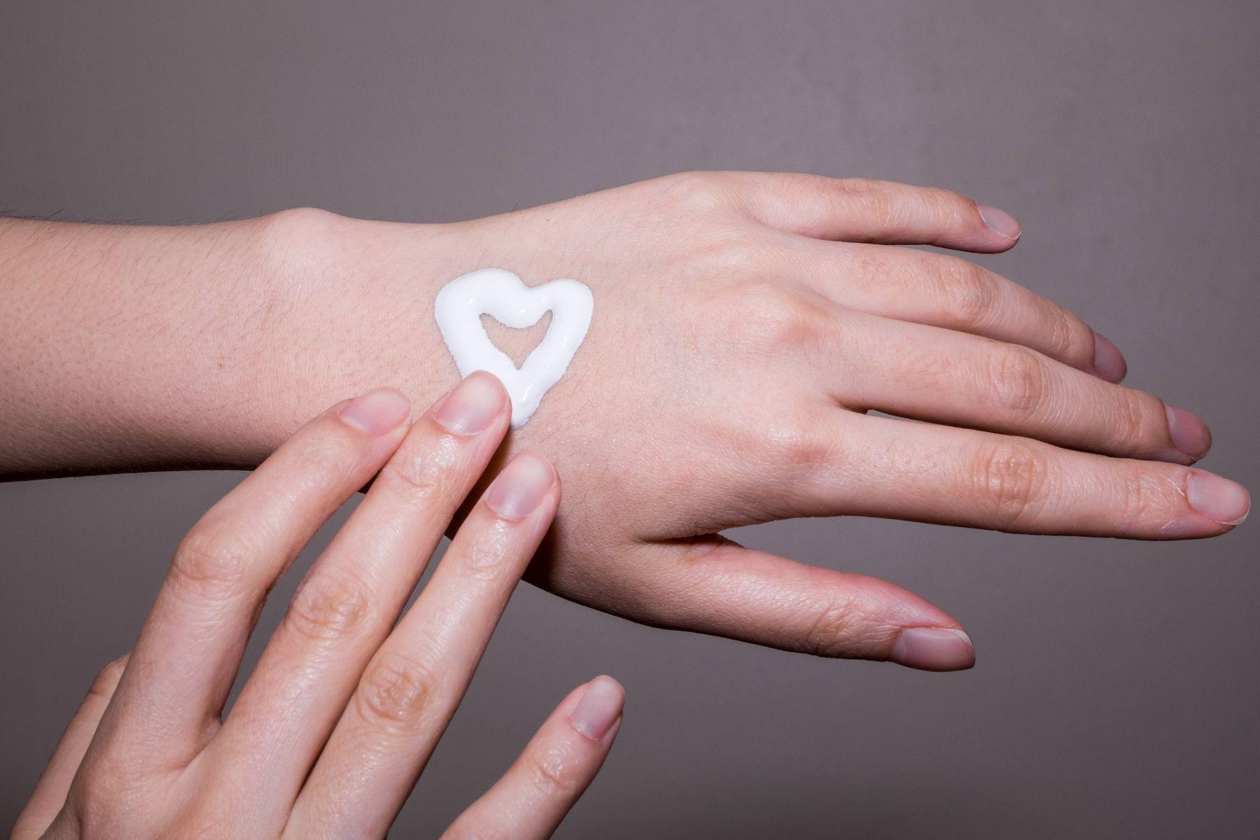 dược liệu dưỡng da tay