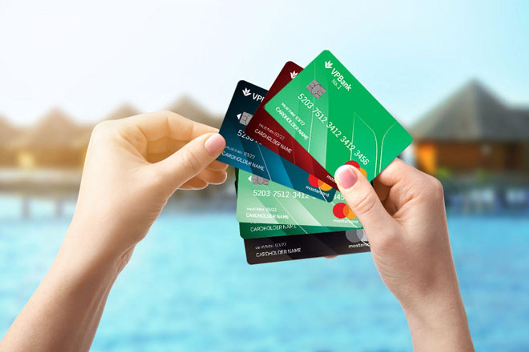 Cách tiết kiệm từ tiền lẻ - hạn chế thanh toán bằng thẻ tín dụng