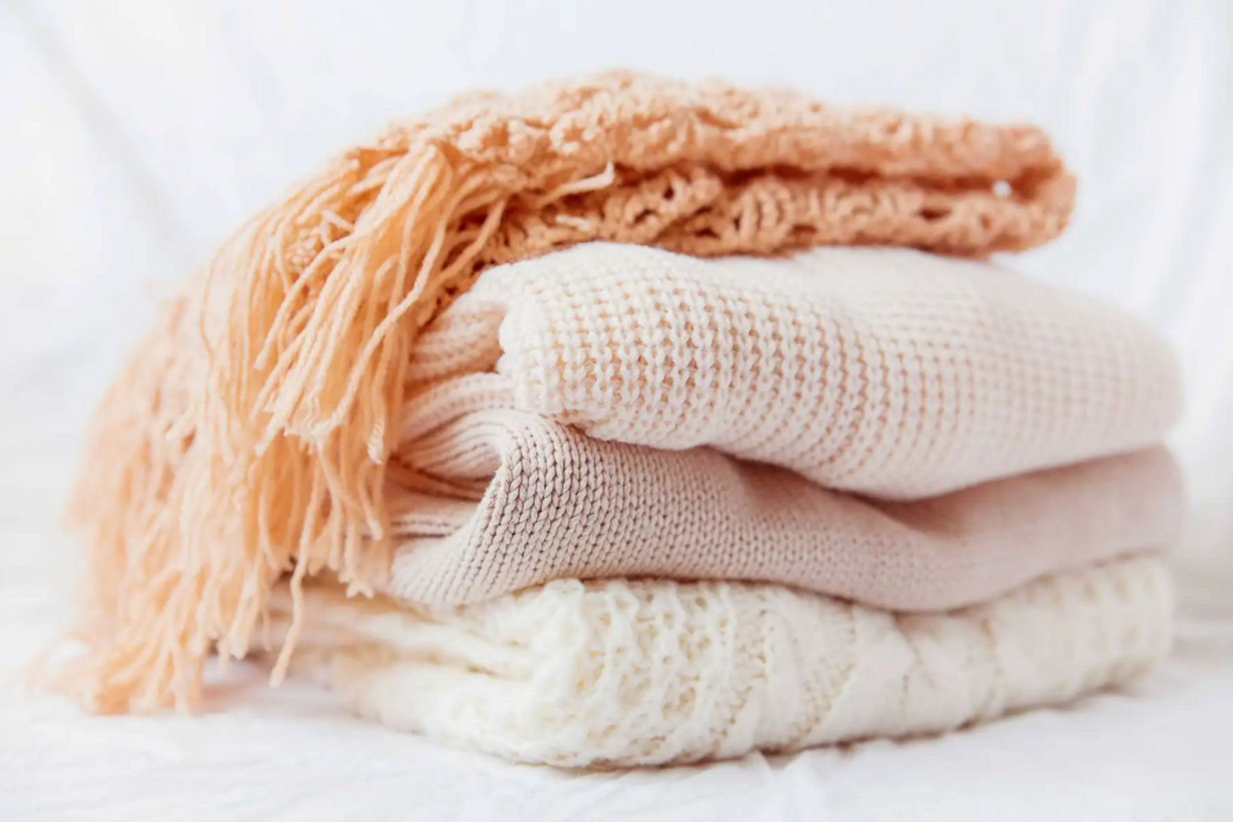 Khăn len nữ là phụ kiện đa chức năng của phái nữ | Cleanipedia