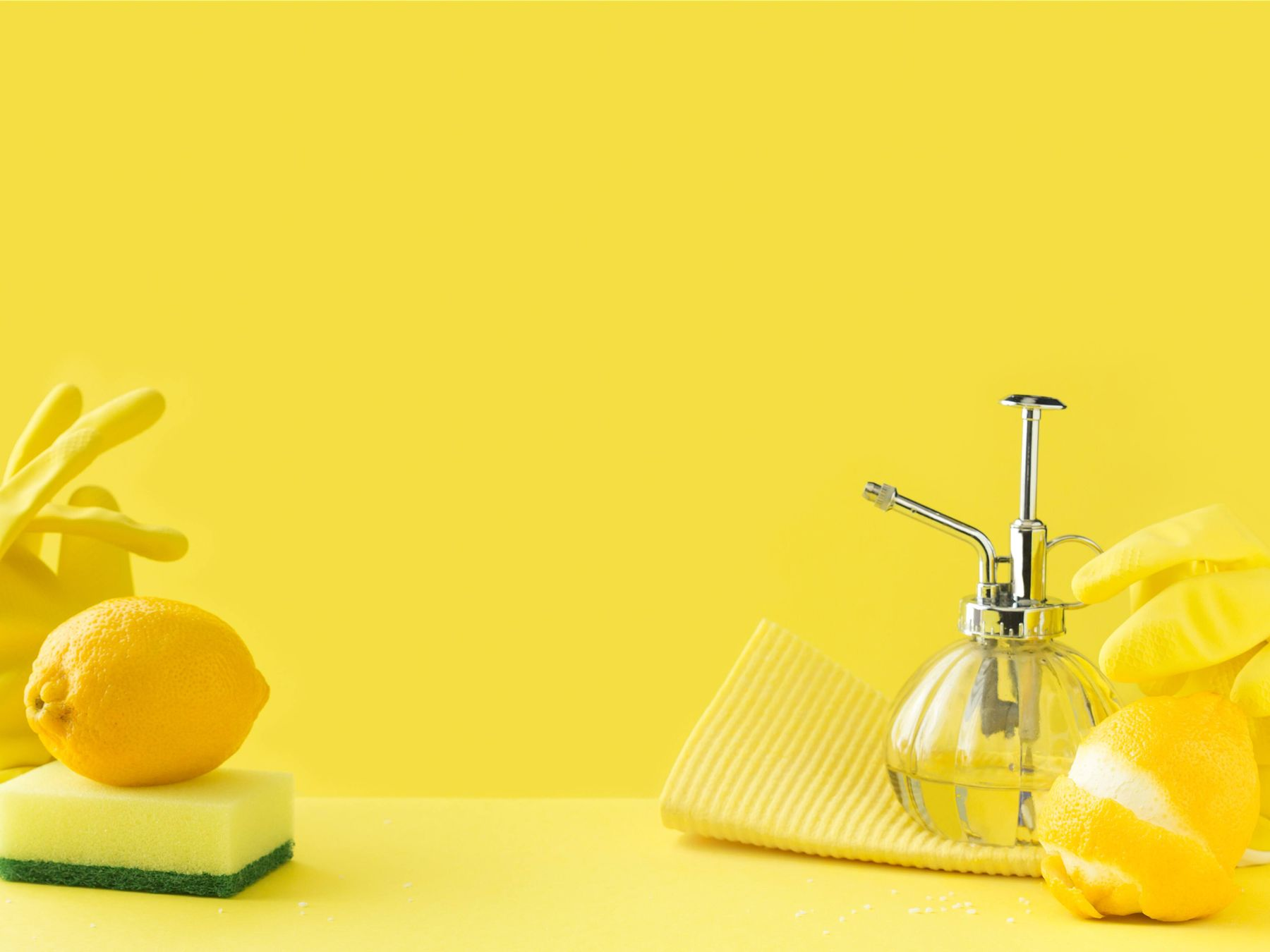 Scented-cleaning-vinegar