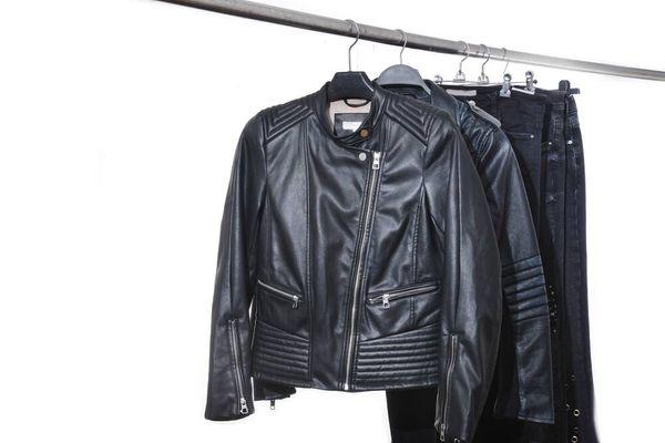 Cara Mencuci Jaket Kulit Tanpa Pergi ke Jasa Profesional